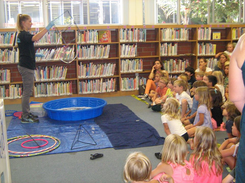Friends of the Library sponsor bubble magic show
